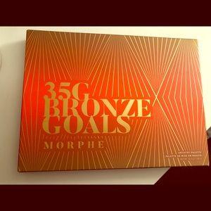 Never used Morphe's Bronze Gold Palette